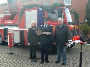 Übergabe der neuen Drehleiter an die Freiwillige Feuerwehr Rehna; Foto: LK NWM